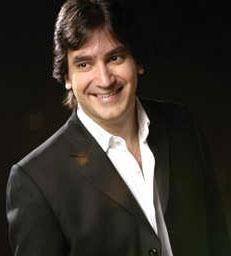 Gebel es un reconocido conferencista, orador y motivador argentino